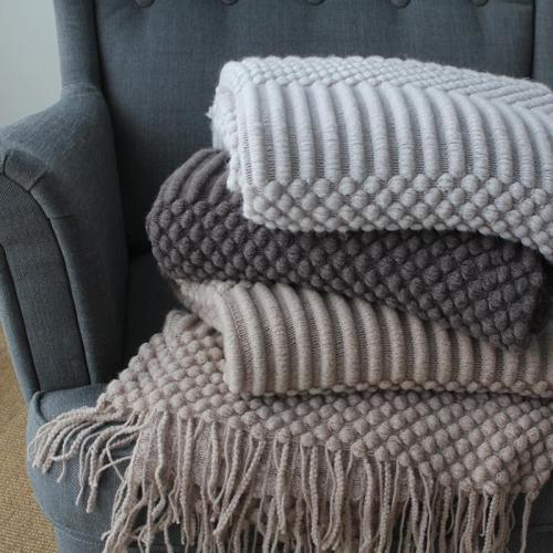 European Plaids Knit Blanket Decoration Throw Adults Solid Hubble-bubble Blanket Knitted Blankets for Beds Sofa Bedspread Koc