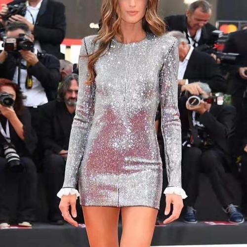Elegant Round Neck Long Sleeve Pure Color Dress