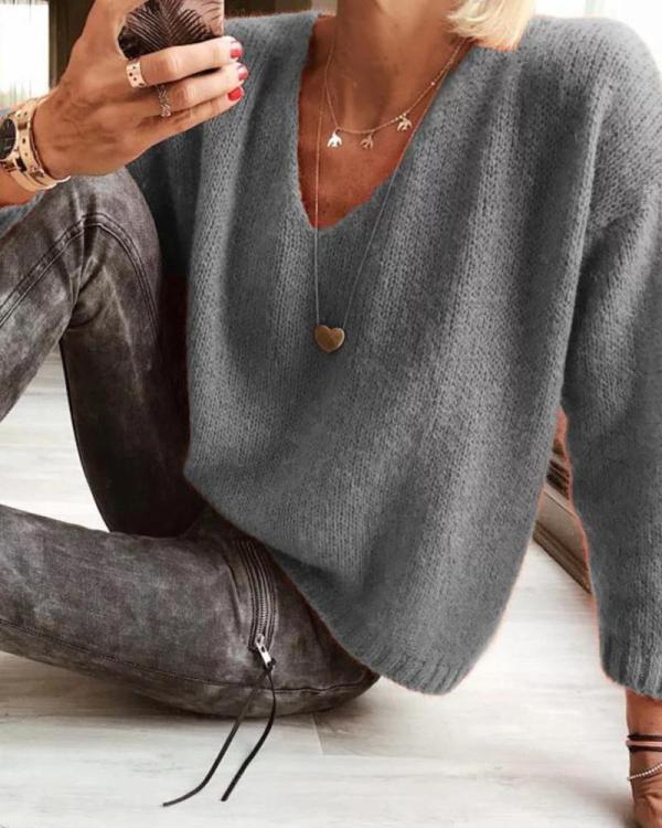 V Neck Solid Knit Top