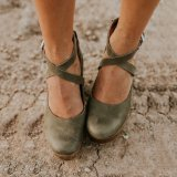 Buckle Cross Straps Chunky Sandals