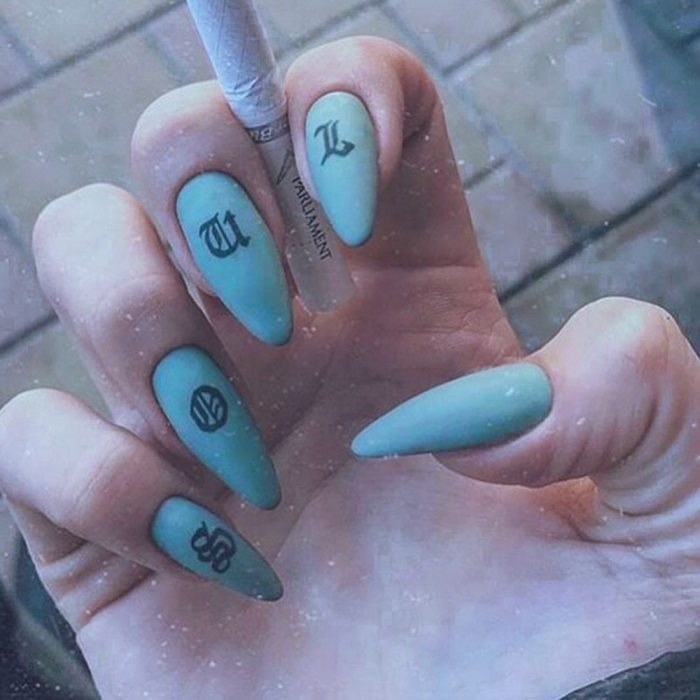 24Pcs Fake Nails Ladies Press On False Nails Tips