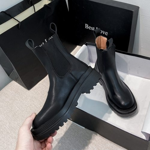 Chunky Boots Women Winter Shoes PU Leather Plush Ankle Boots Black Female Autumn Chelsea Boots Fashion Platform Booties