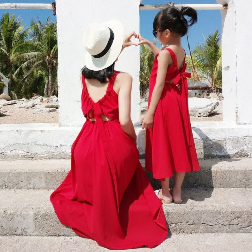 Mother and Daughter Dress Summer Sleeveless Red Fashion Woman Kids Girl Bow Princess Dresses Sundress Family Match Clothe