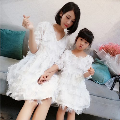 2021 Family Matching Outfits Dresses Summer Mother Daughter Beach Holiday Dress Fashion Mom Daughter Birthday Party Tassel Dress