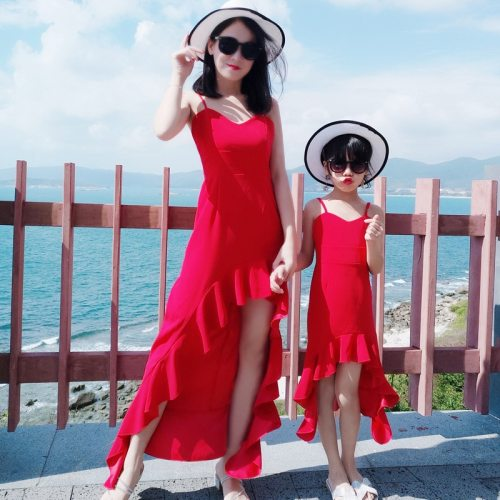 Family Matching Outfits Beach Holiday Dress Summer Mother Daughter Fishtail Dresses Fashion Mom Daughter Party Camisole Dress