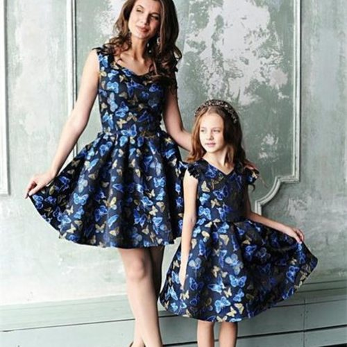Summer Family Macthing Outfits Mother Daughter Dresses Mommy and Me Clothes Short Sleeve V-neck Mom Baby Women Girls Dress