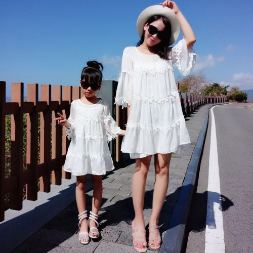 Family Matching Outfits Summer Mother Daughter Lace Dresses Fashion Clothing Mom Daughter Cute Party Dress Beach Holiday Dress
