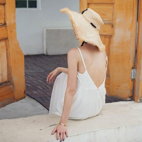 White Beach Skirt Female Seaside Vacation Bali Sexy Suspender Skirt V-Neck Dress Halter Dress Beach Maxi Dress Swimwear Cover
