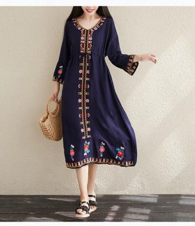 Vintage Fashion Vestidos Boho Dress Vintage Flare Sleeve Floral Embroidery Beach Bohemian Maxi Dress Ladies V Neck Summer Dress