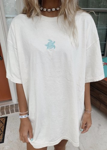White orange cotton women's top 2021 turtle embroidery short sleeve round neck loose size good quality women's T-shirt