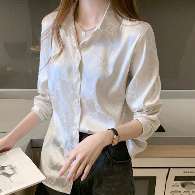 Women's shirts and women's 2021  spring  trendy design sense niche western style age reduction Korean style wear satin chiffon
