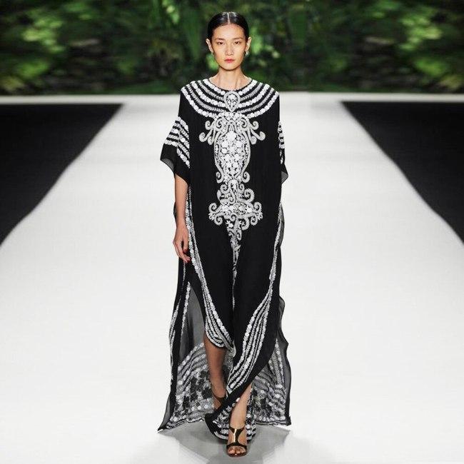 2021 New Muslim Middle East Dubai Middle East South Africa Print Slit Dress Seaside Holiday Blouse Muslim Robe Abaya