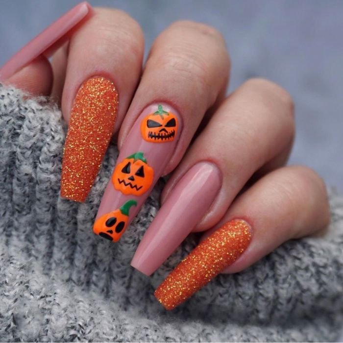 24 Pcs Black Gradient Moon Design Fake Nails Pumpkin Head Skeleton Spider Halloween Press On Nail Tips Manicure Tools Nail Art