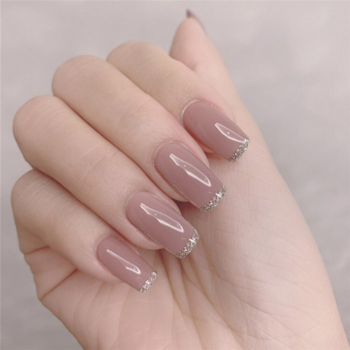 24Pcs/Box Charming Pink Flame Short Ballet Wearable Fake Nails press on Square Head Full Cover Detachable Finished Fingernails