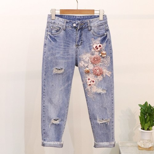 Embroidered Three-dimensional Flower Jeans Women's Spring And Summer 2021 New Fashion All-match Ripped Denim Nine-point Pants