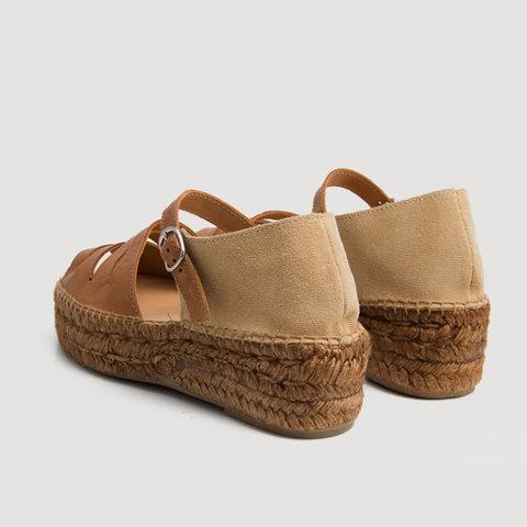 Color Block Slit Buckle Straw-Weaved Platform Peep Toe Sandals