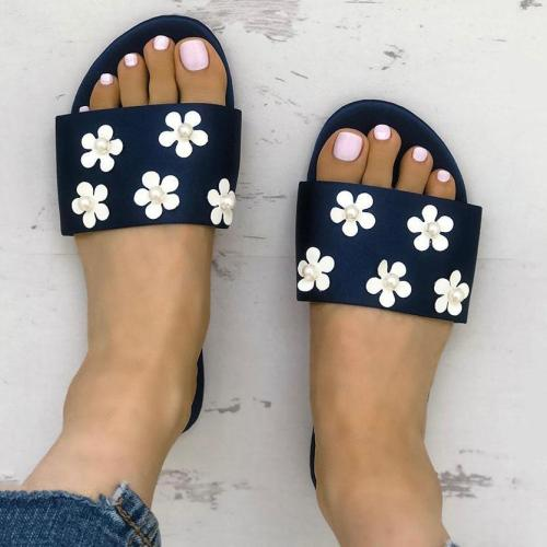 Fashion White Daisies Pearls Flat Sandals
