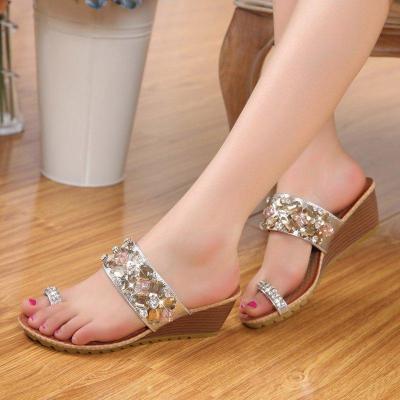 Women Flat Heel Sandals