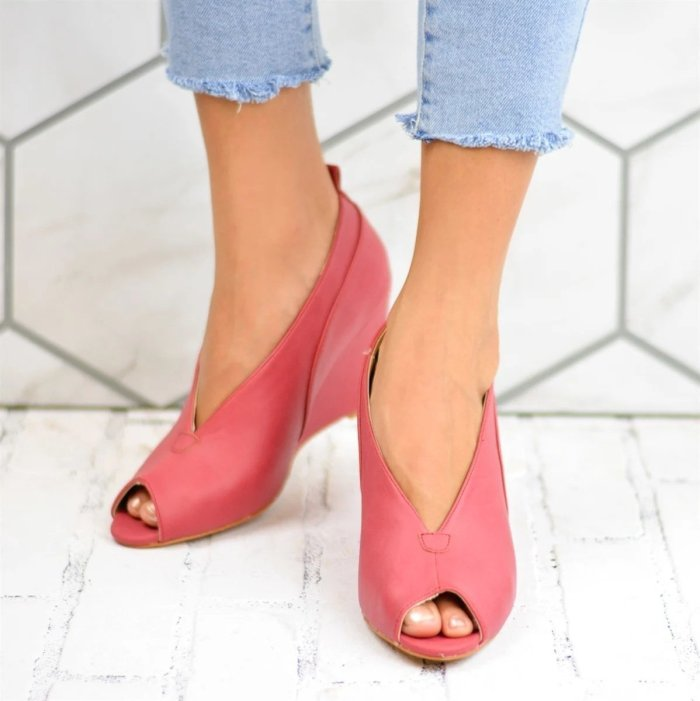 Solid Artificial Leather Peep Toe High Heels Wedges
