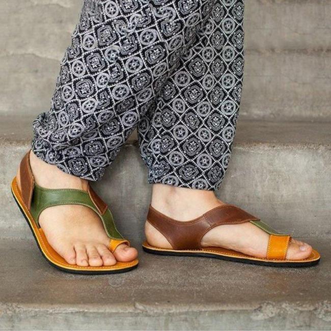Women Casual Soft Leather Comfy Toe Loop Flat Sandals