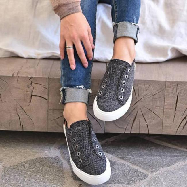 All Seasons Comfy Slip-on Sneakers