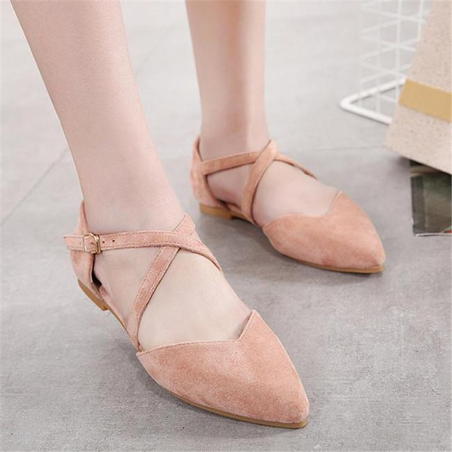 Pointed shallow mouth buckle flat shoes