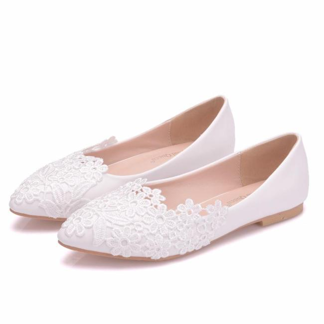 Floral Lace Wedding Shoes White Pointed Toe Casual Flat Low Heel Shoes Women PU