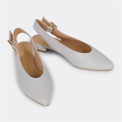 Women's Versatile Solid Color Buckle Flat Shoes