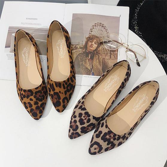 Artificial Suede Round Toe Slip on Leopard Flat Loafers Low Heel Simple Pure Color