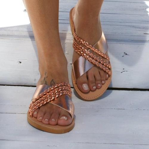 Plus Size Criss Cross Slippers