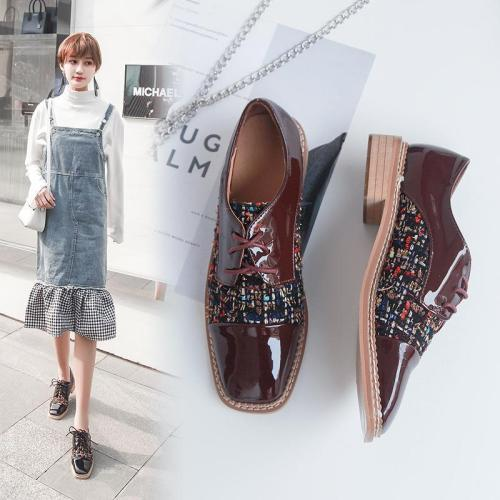 Chic  Tweed   Split Joint Round Head Flat Shoes
