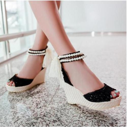Plain Peep Toe Date Wedge Sandals