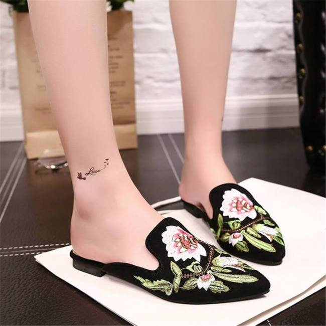 Vintage Embroidered Point-Toe   Flats