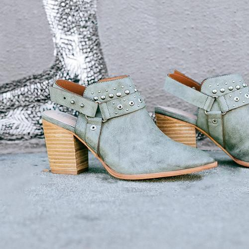Women Middle Heel Round Toe Shoes
