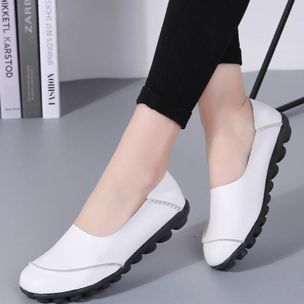 Women Large Size Split Artificial Leather Flats Slip On Shoes