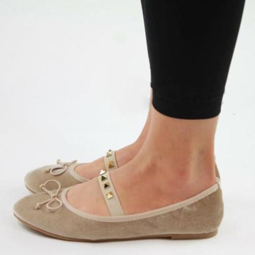 Girly Style Velvet Rivet Bowknot Flat Slip-On Loafers