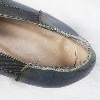 Leather Vintage Pointed Rivet Flats