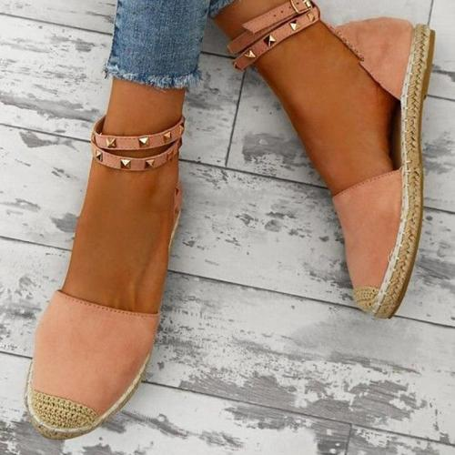 Plus Size Comfortable Adjustable Buckle Rivet Sandals