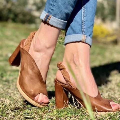 Women's Sexy Asymmetrical upper Chunky Heel Pumps