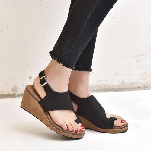 Women's PU Round Toe Adjustable Buckle Middle Wedge Heel Sandals