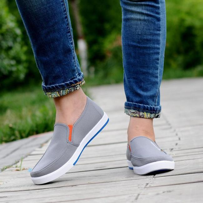 Mens Casual Slip-on Loafers Canvas Flat Shoes