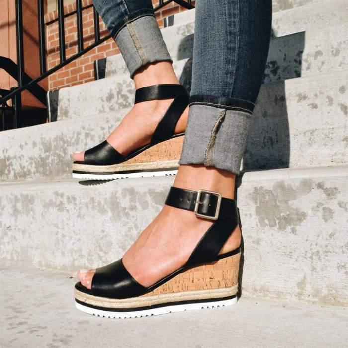 Fashion Adjustable Buckle High Heels Wedge Sandals