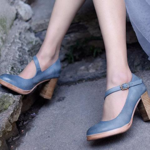Women's Chunky Heel Buckle Strap Round Toe Heels