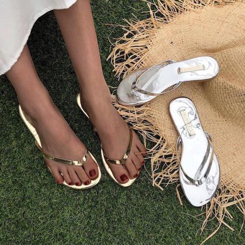 Women's Flat Heel Slip-On Flip-flops