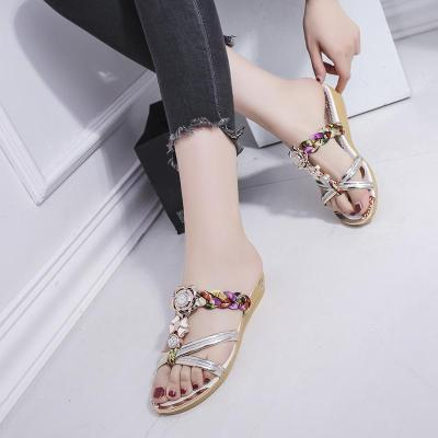 Summer New Cool Slippers Outside Wearing Comfortable Beach Women's Sandals