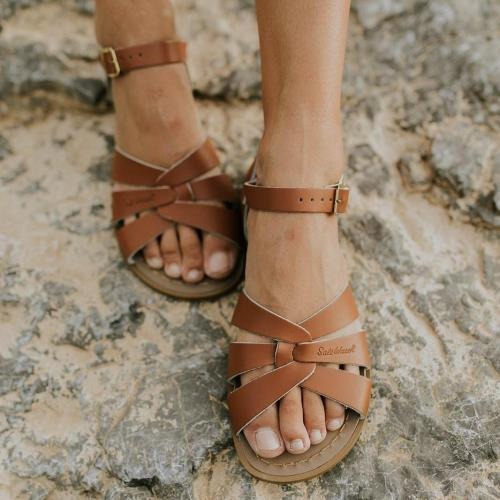Women's PU Round Toe Hollow-out Adjustable Buckle Flat Sandals