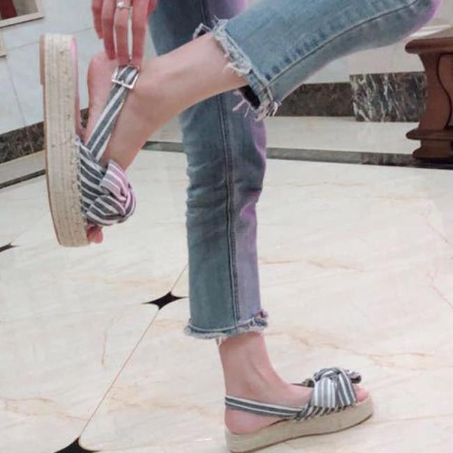 Stripe Summer Low Heel Cloth Buckle Sandals