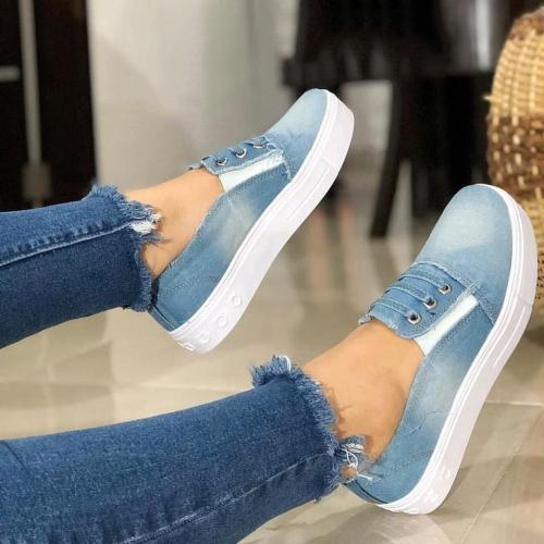 Women Casual Canvas Closed Toe Low Heel Sneakers