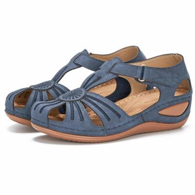 Women's wedges with floral stitching for casual comfort and adjustable sandals