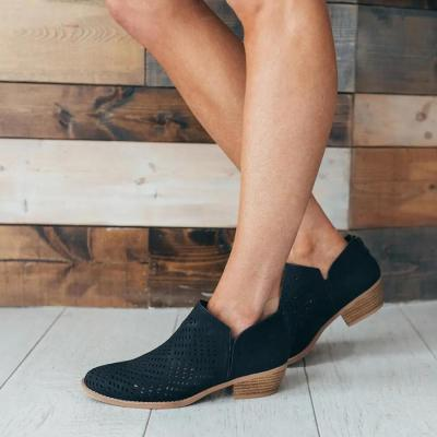Hollow Out Plain  Chunky  Round Toe Boots
